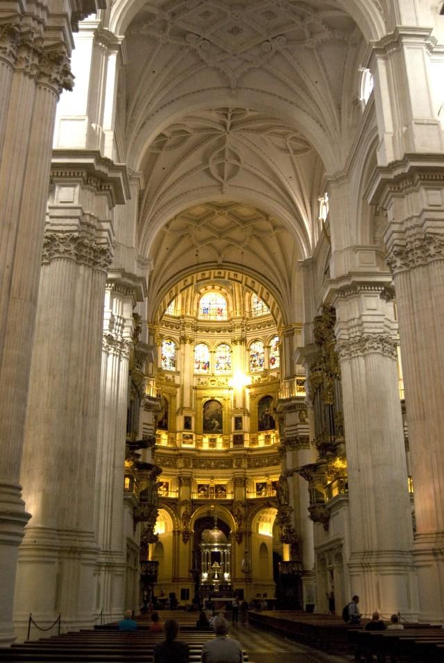 Interior de la catedral - Z.L.C.